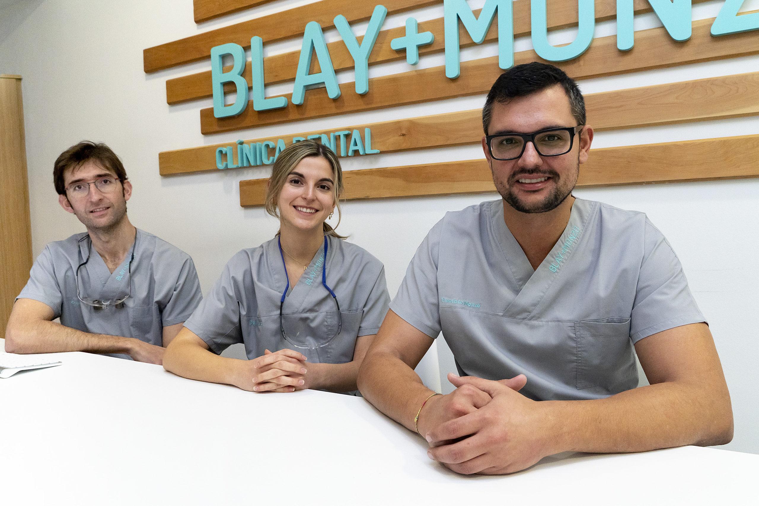 Foto de equipo en clínica Blay+Monzó